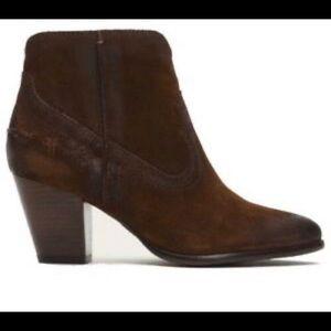 Frye Renee Seam short ankle booties boots